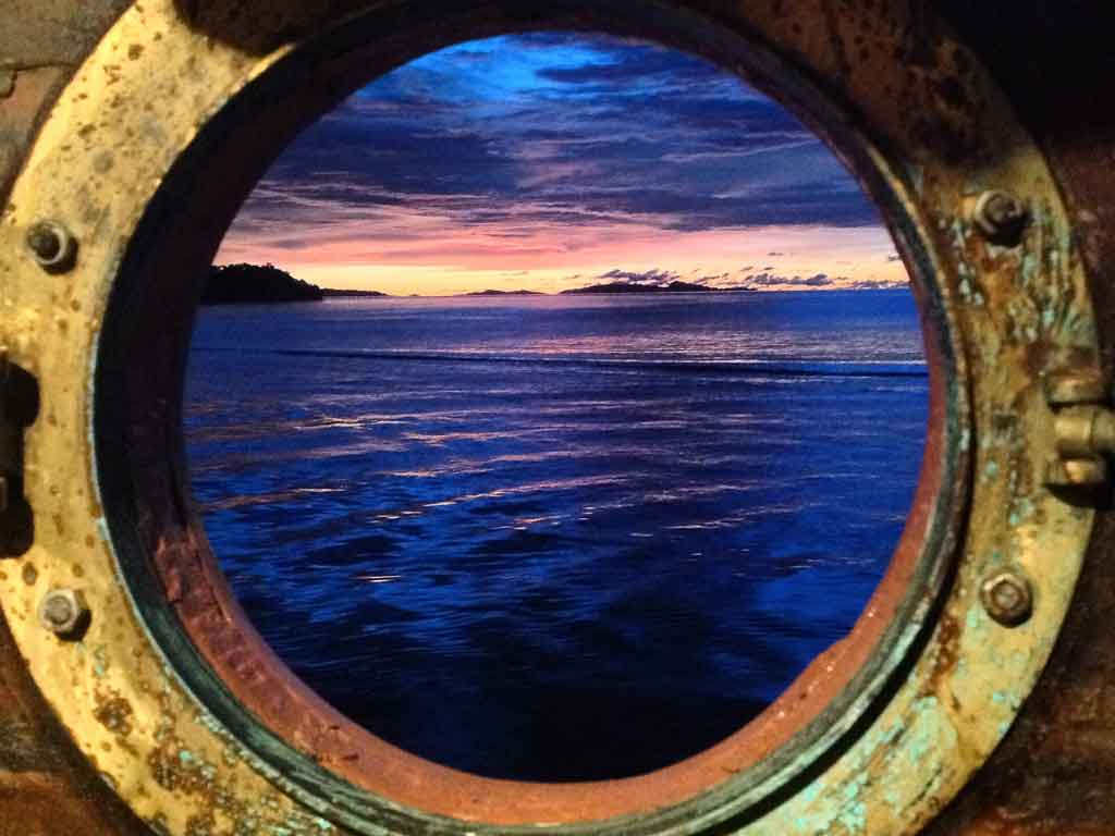 ship view sunrise
