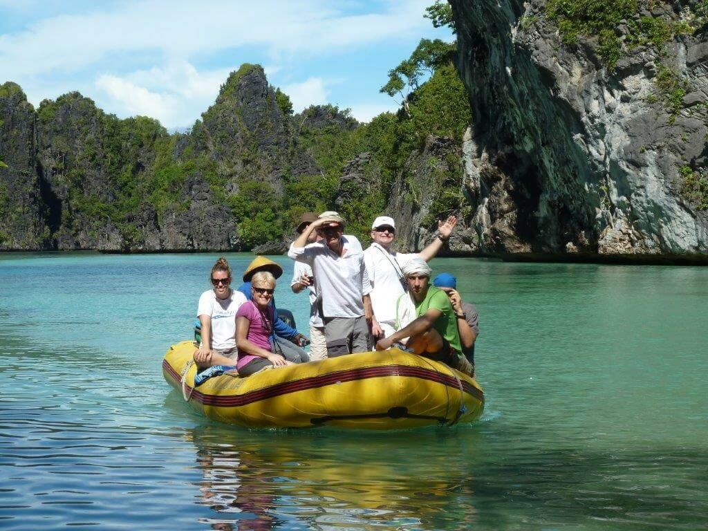explorer boat people