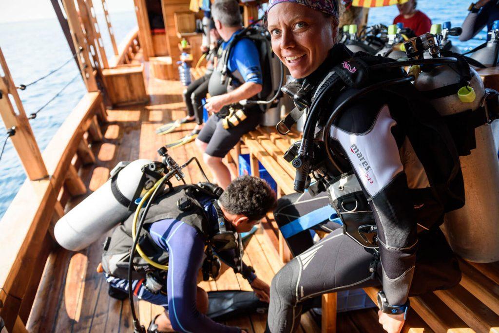 Pemuteran Diving Padi Course - Delphine equiped