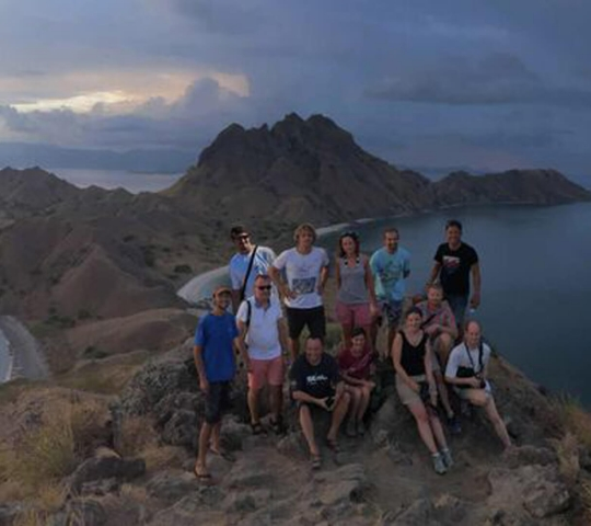 group picture komodo